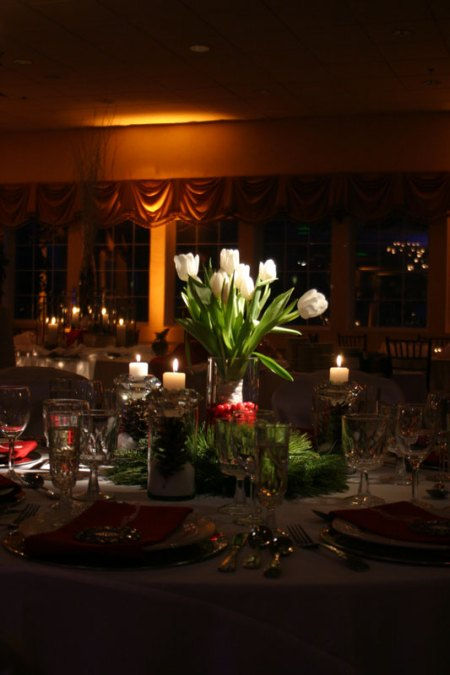 Pinspotted Centerpiece with Amber Uplighting